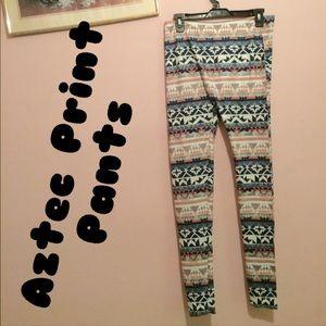 Other - NWOT: Aztec print pants